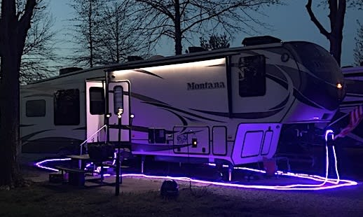 Let there be obnoxious lights in the RV park - RV Travel