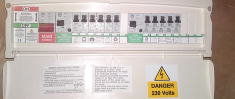 [SCHEMATICS_4UK]  How Much Does it Cost to Replace a Fusebox? [2019 Prices] | Fuse Board Replacement Cost |  | Job Prices