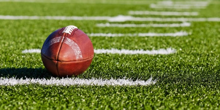 4 Tips to Win Money with College Football Betting!